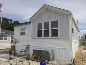 For Sale- 1 Bedroom Trailer- Must be 21 and Over for Sale in Hudson, FL
