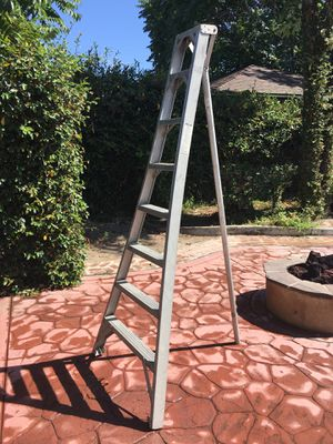 8 ft. Orchard Ladder for Sale in Garden Grove, CA