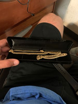 Gold Miami Cuban chain for Sale in Fallbrook, CA