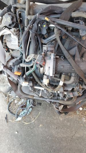2008 Jeep Grand Cherokee 3.7 engine Four wheel drive transmission for Sale in Houston, TX