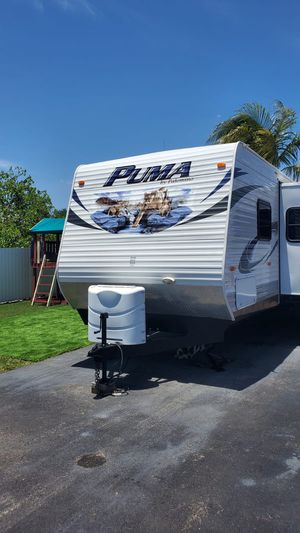 Travel Trailer (RV) 31' for Sale in Homestead, FL