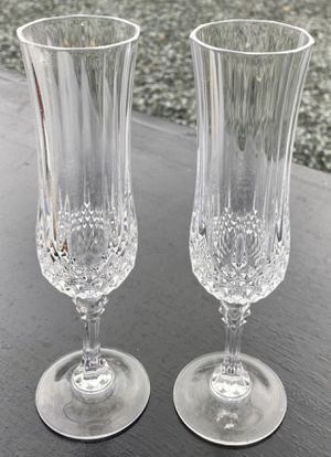 Set Of 2 Elegant Valentines Crystal Clear Glass Champagne Love Flutes for Sale in Chapel Hill, NC