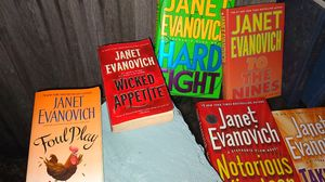 Janet Evanovich best selling author for Sale in Orlando, FL