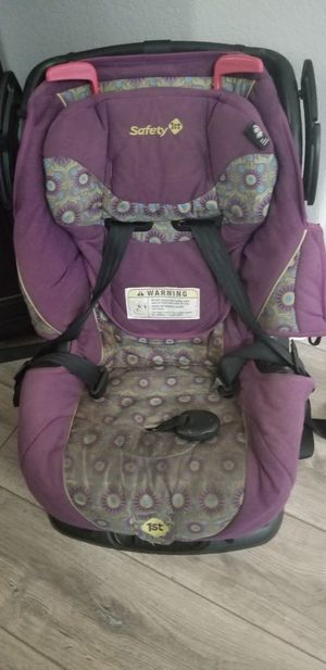 Car Seat Works Fine for Sale in Imperial, CA