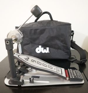 Drums - DW 9000 Series Single Bass Pedal w/Case and hardware for Sale in Kaneohe, HI