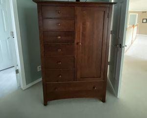 Bedroom dresser for Sale in Naperville, IL