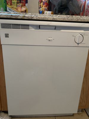 Kenmore Dishwasher for Sale in Columbus, OH