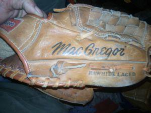# leather baseball gloves left-handed for Sale in Manvel, TX