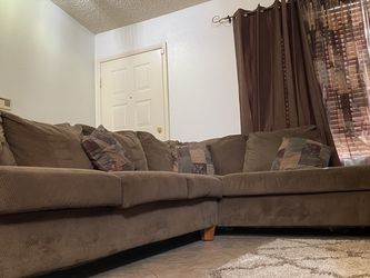Brown Sectional Couch for Sale in Henderson,  NV