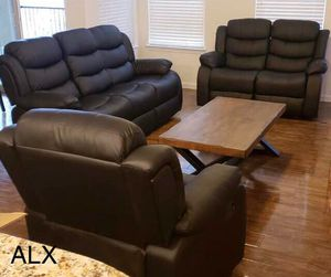 3 piece living room set new for Sale in Austin, TX