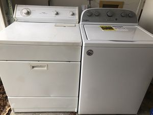 Whirlpool washer and dryer for Sale in Fort Worth, TX