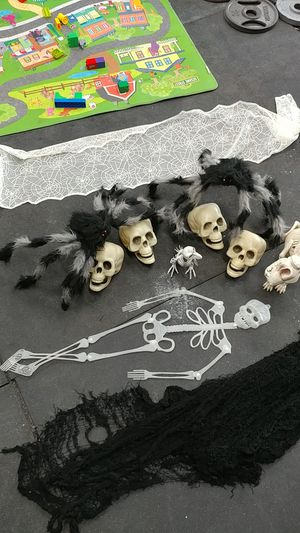 Halloween decorations for Sale in Salinas, CA