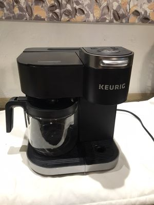 Keurig k-duo k-cup and 12 cup coffee maker for Sale in Tucson, AZ