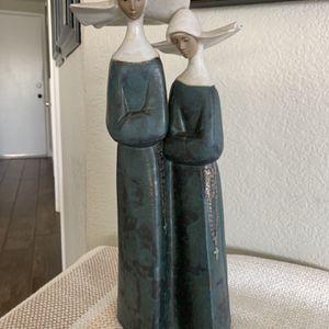 Lladro 2075 Nuns Figurine Dark Blue Finish for Sale in Chino Hills, CA