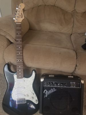 Fender Squier strat and fender amp for Sale in Pasadena, TX