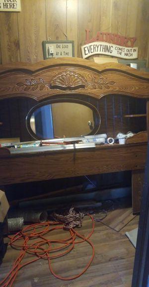 Queen size bedroom suit. for Sale in Fulks Run, VA