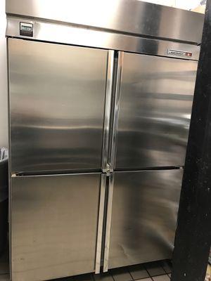 Kelvinator Freezer (Compressor does not work) for Sale in Troy, MI