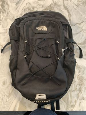 The North Face Slingshot backpack for Sale in Solana Beach, CA