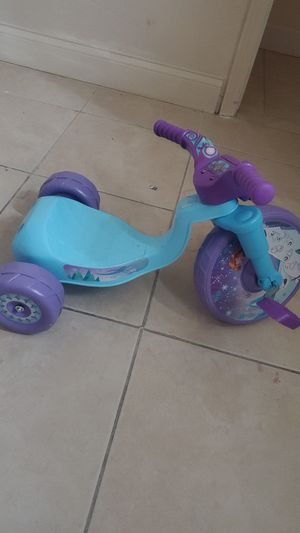 3 wheeler tricycle (Frozen) for Sale in Orlando, FL