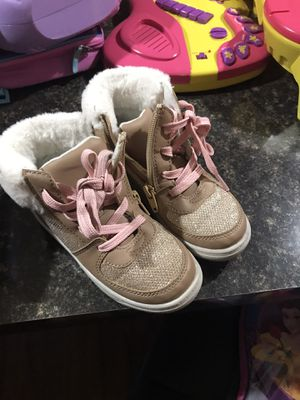 Oshkosh boots for girls used like new size 10 for Sale in Orlando, FL