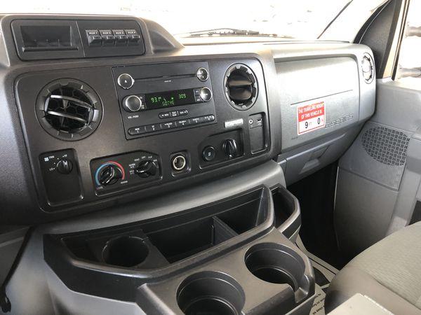 2011 Ford E-350
