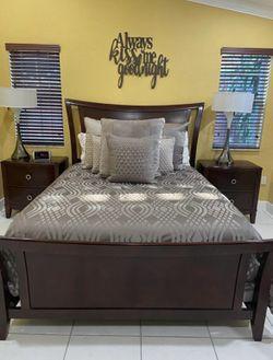 Bedroom Set -Tempurpedic Mattress  for Sale in Miami, FL