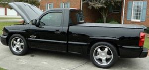 Price $12OO O4 Chevy Silverado 1500 for Sale in San Diego, CA