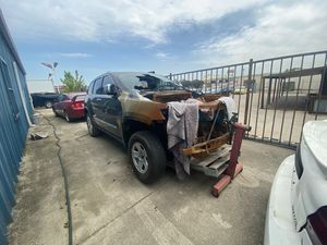 Jeep Grand Cherokee limited parts for Sale in Dallas, TX