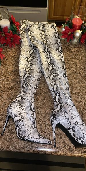 Snakeskin Heel Boots(Thigh High) for Sale in Detroit, MI