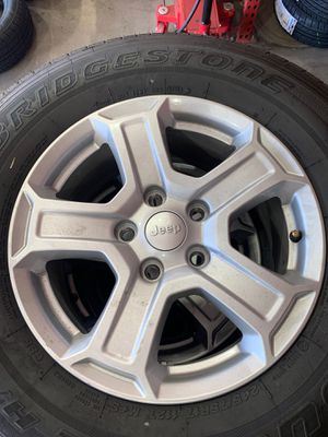 Jeep wheels and tires for Sale in Las Vegas, NV
