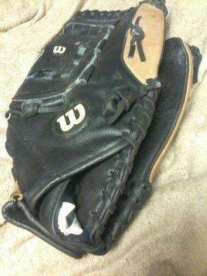 Wilson' Softball/Baseball Glove for Sale in Edmonds, WA