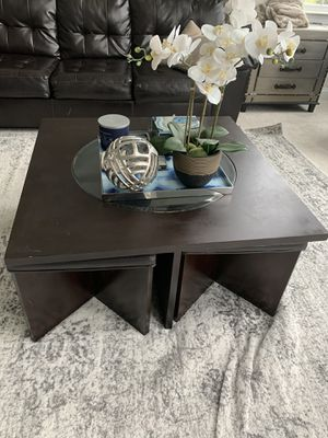 Coffee Table with additional seating for 4 for Sale in Plymouth, MI