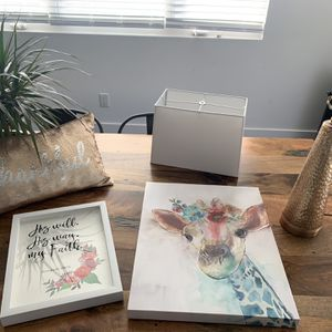 Girl Room Decor, Animal Picture, Quote Pic, Lamp, Pillow for Sale in South Jordan, UT