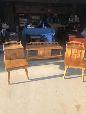 Maple Sofa table set for Sale in Ontario, CA