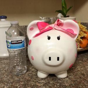 Child to Cherish Ceramic Polka Dot Piggy Bank for Girls Pink for Sale in Cerritos, CA