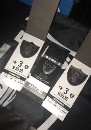 Raiders Vs Rams 2 tickets Parking in D lot for Sale in Sanger, CA
