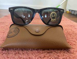 Brand New Authentic Wayfarer Sunglasses for Sale in Miami Shores, FL