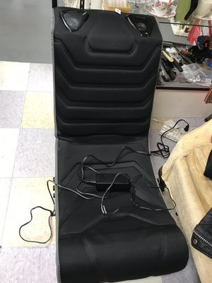Pyramat gaming Chair for Sale in Poway, CA