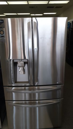 LG Refrigerator for Sale in Haines City, FL