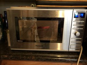 Panasonic Microwave, Countertop, 1200W for Sale in Los Angeles, CA