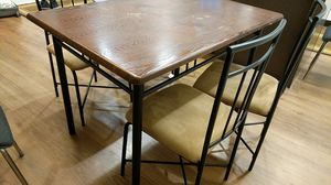 Dining table with 4 chairs for Sale in Cleveland, OH
