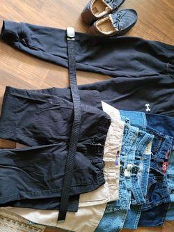 LOT BOYS CLOTHING- JEANS, DRESS, ATHLETIC- DESIGNER BRANDS SIZE 12-16 for Sale in Mifflinburg,  PA