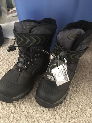 Snow boots, Athletech, big kids size 4, brand new for Sale in San Diego, CA