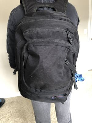 Large Jansport backpack for Sale in Westerville, OH