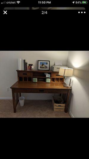 Office desk for Sale in Wesley Chapel, FL