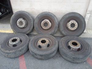 Six 10 lug 16 inch steel rims with tires Ford Fsuperduty F450 f550 for Sale in Montebello, CA