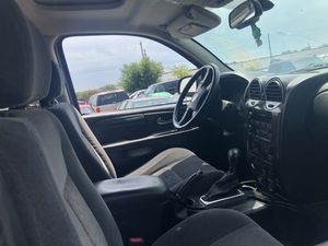 2005 gmc envoy xl parts only for Sale in Dallas, TX