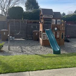 Costco Playset for Sale in Tacoma,  WA