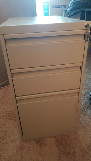 SMALL File cabinet for Sale in Montpelier, MD
