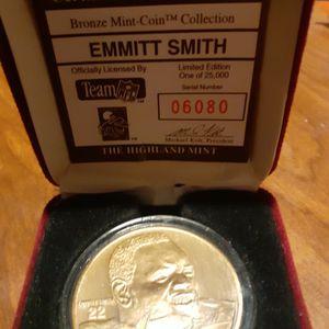 Emmitt Smith Bronze Mint Coin for Sale in Woodbridge Township, NJ